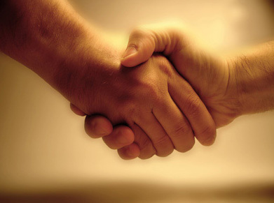 人 握手 繋がり