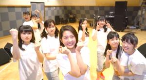 つばき新曲「ハッピークラッカー」02