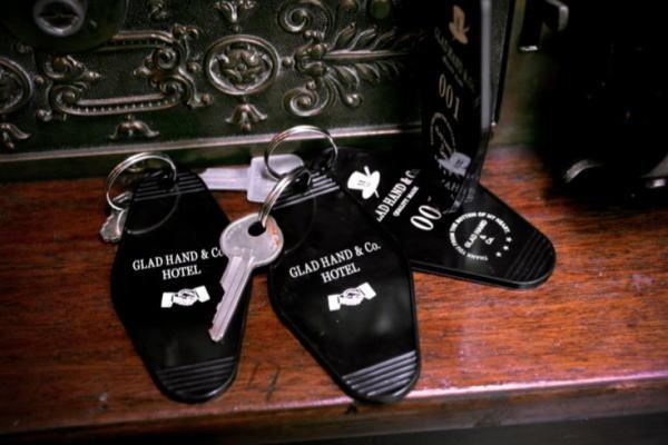 GLAD HAND GH HOTEL-KEY FOB
