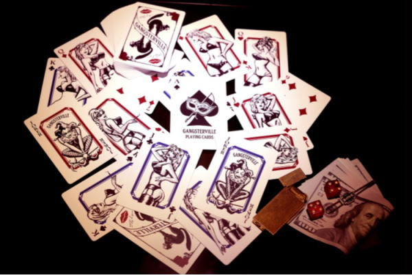 GNAGSTERVILLE THUG QUEEN-PLAYING CARDS