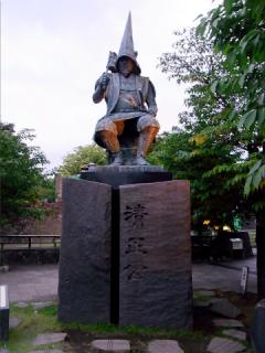 熊本城__清正像2012_01