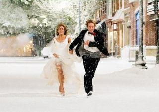 真冬雪の中のウェディング花嫁