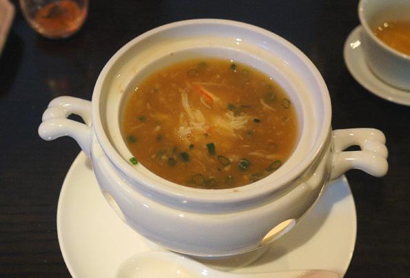 20180404 China Room 2 ズワイガニと上海蟹味噌のコラーゲンスープ 21㎝DSC05957