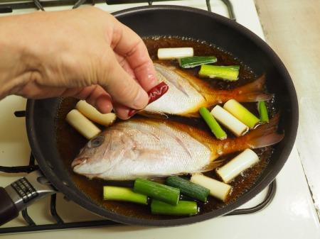 小鯛の煮付け063