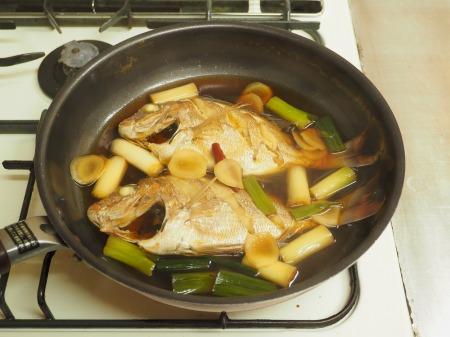 小鯛の煮付け082