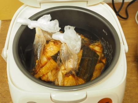 炊飯器鶏むね肉鴨ロース074