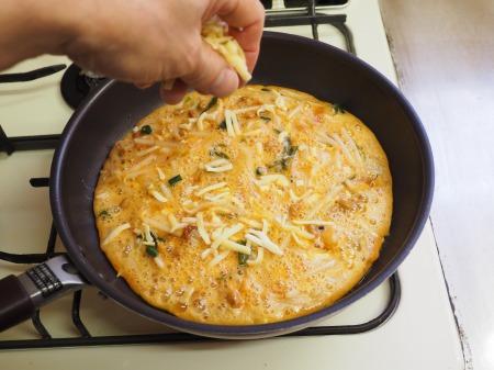 納豆チーズのオープンオムレツ051