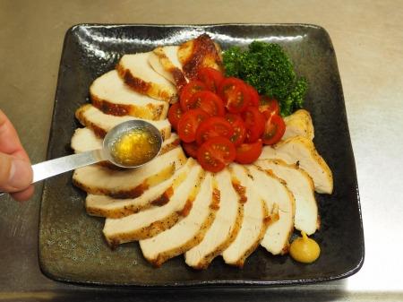 鶏むね肉のガーリック酒塩焼き055