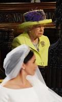 メーガン・マークルさんとエリザベス女王