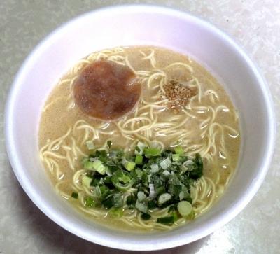 4/23発売 明星 バリカタ 極細麺と濃厚とんこつ(できあがり)