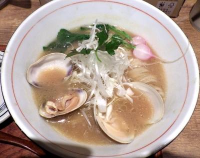 麺と心 7 蛤白湯ラーメン