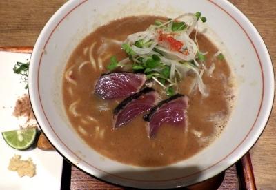 麺と心 7 鰹白湯ラーメン