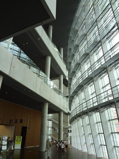 六本木 国立新美術館