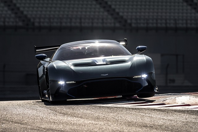 Aston_Martin_Vulcan.jpg