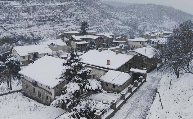 laguna-U402318036dnB-U501578082094xiB-624x385@La Rioja-LaRioja地球温暖化の為、暖かな春、死月の雪
