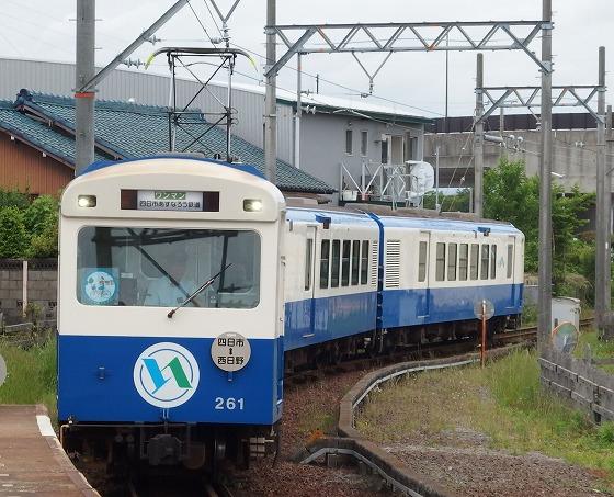 180529あすなろう鉄道日永駅にて西日野駅から入線