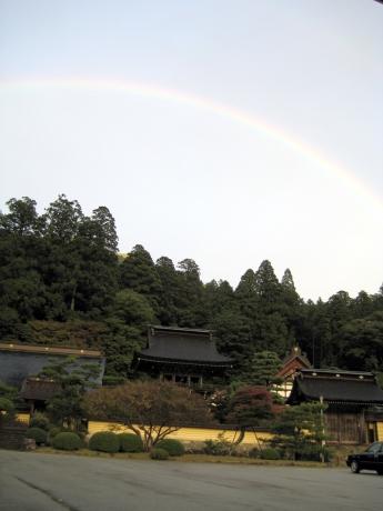 禅昌寺の虹