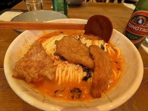 シェフズギャラリー担々麺