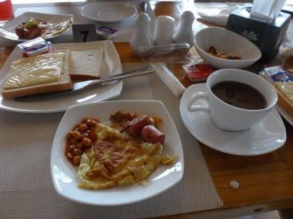 ロヌベリの朝食