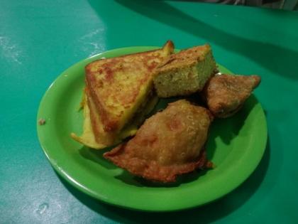 地元の食べ物屋さん(4)