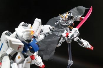 HGUC クロスボーン・ガンダムX1改 (1)