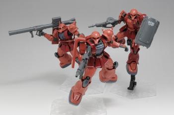 HG MS-05S シャア専用ザクⅠ (1)