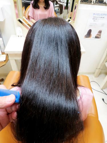 髪質改善、美髪チャージ、モイスチャカラー、どんな年齢の方も、どんなダメージの方も、ツルツル、ピカピカ、シットリ