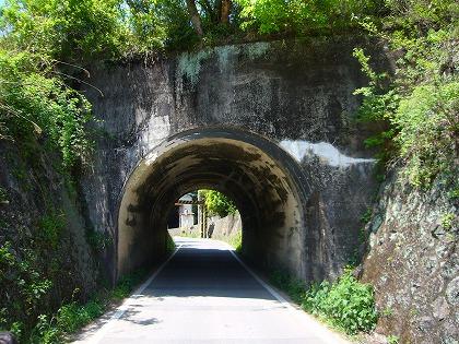 下山隧道04
