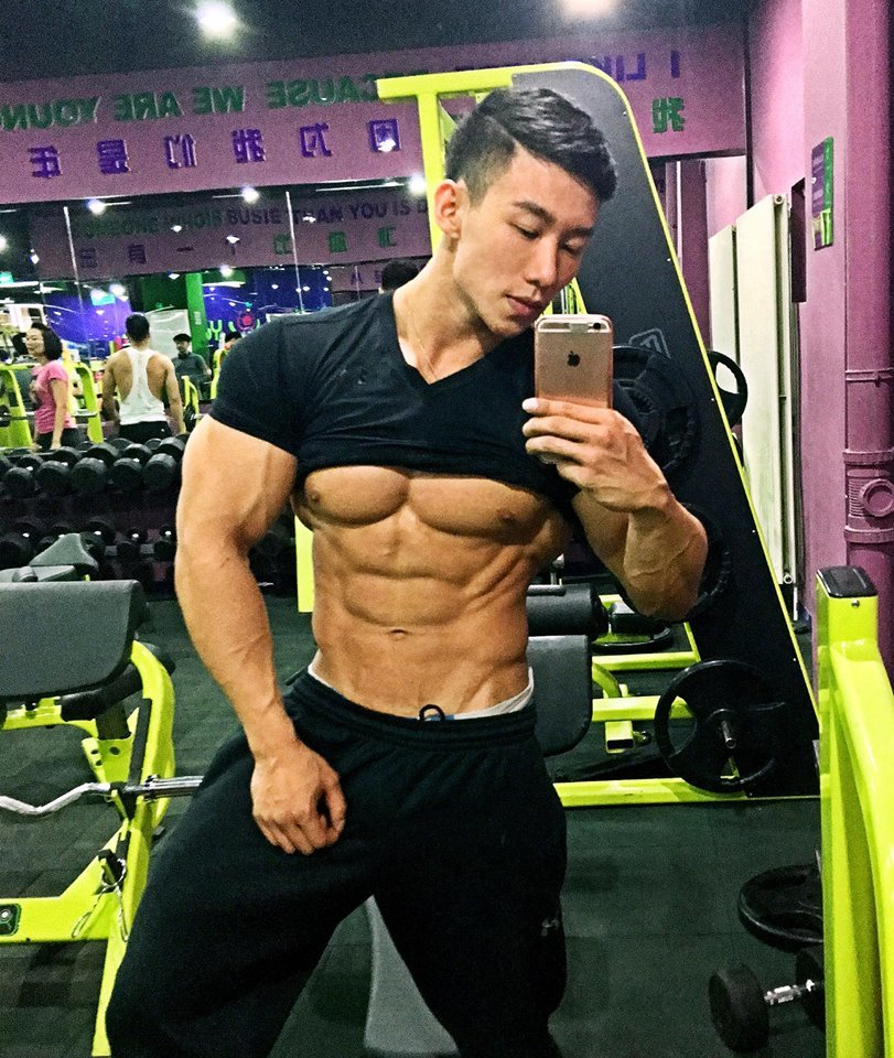 Mars Liu Taiwan Bodybuilder Asian Muscle 1