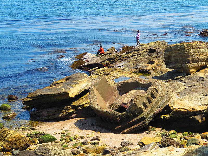 180430,観音崎の奇岩と灯台残骸7