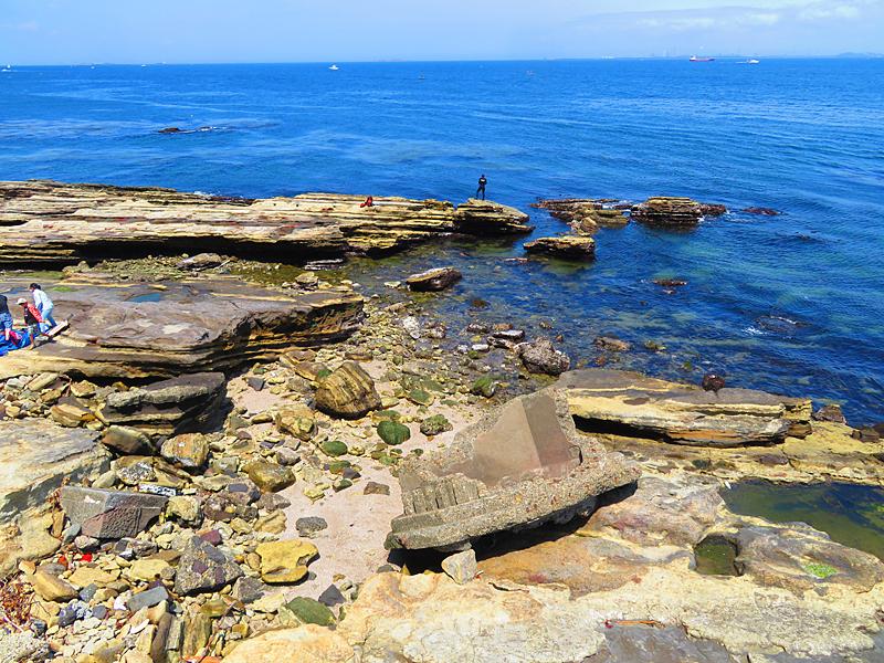 180430,観音崎の奇岩と灯台残骸8