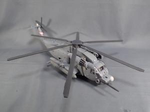 トランスフォーマー SS-08 ブラックアウト (4)
