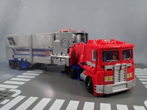 Transformers Generations Power of the Primes Leader Evolution Optimus Prime (10)