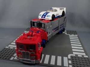 Transformers Generations Power of the Primes Leader Evolution Optimus Prime (11)