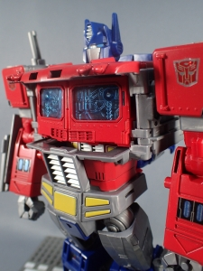 Transformers Generations Power of the Primes Leader Evolution Optimus Prime (28)