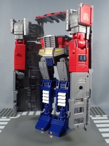 Transformers Generations Power of the Primes Leader Evolution Optimus Prime (22)