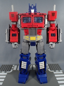 Transformers Generations Power of the Primes Leader Evolution Optimus Prime (30)