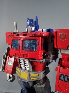 Transformers Generations Power of the Primes Leader Evolution Optimus Prime (29)