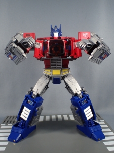 Transformers Generations Power of the Primes Leader Evolution Optimus Prime (40)