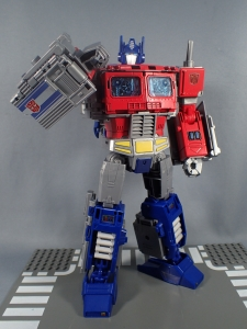 Transformers Generations Power of the Primes Leader Evolution Optimus Prime (47)