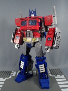 Transformers Generations Power of the Primes Leader Evolution Optimus Prime (45)