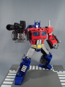 Transformers Generations Power of the Primes Leader Evolution Optimus Prime (56)