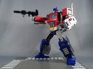 Transformers Generations Power of the Primes Leader Evolution Optimus Prime (57)