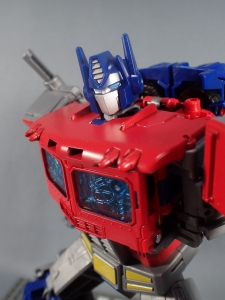 Transformers Generations Power of the Primes Leader Evolution Optimus Prime (54)