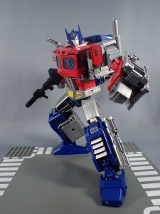 Transformers Generations Power of the Primes Leader Evolution Optimus Prime (60)