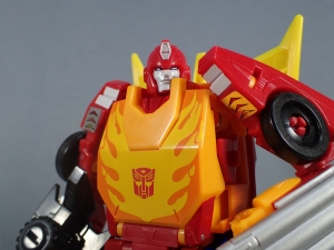 Transformers Generations Power of the Primes Leader Evolution Rodimus Prime Autobot Hot Rod (1)