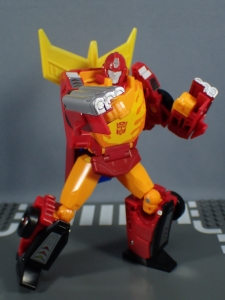 Transformers Generations Power of the Primes Leader Evolution Rodimus Prime Autobot Hot Rod (17)