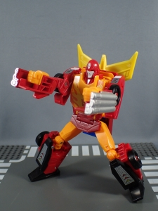 Transformers Generations Power of the Primes Leader Evolution Rodimus Prime Autobot Hot Rod (22)