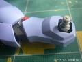 メッサーラの足を修理する