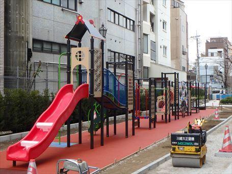 山谷堀公園 遊戯広場ゾーンの工事